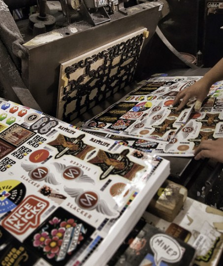 sticker die cutting process